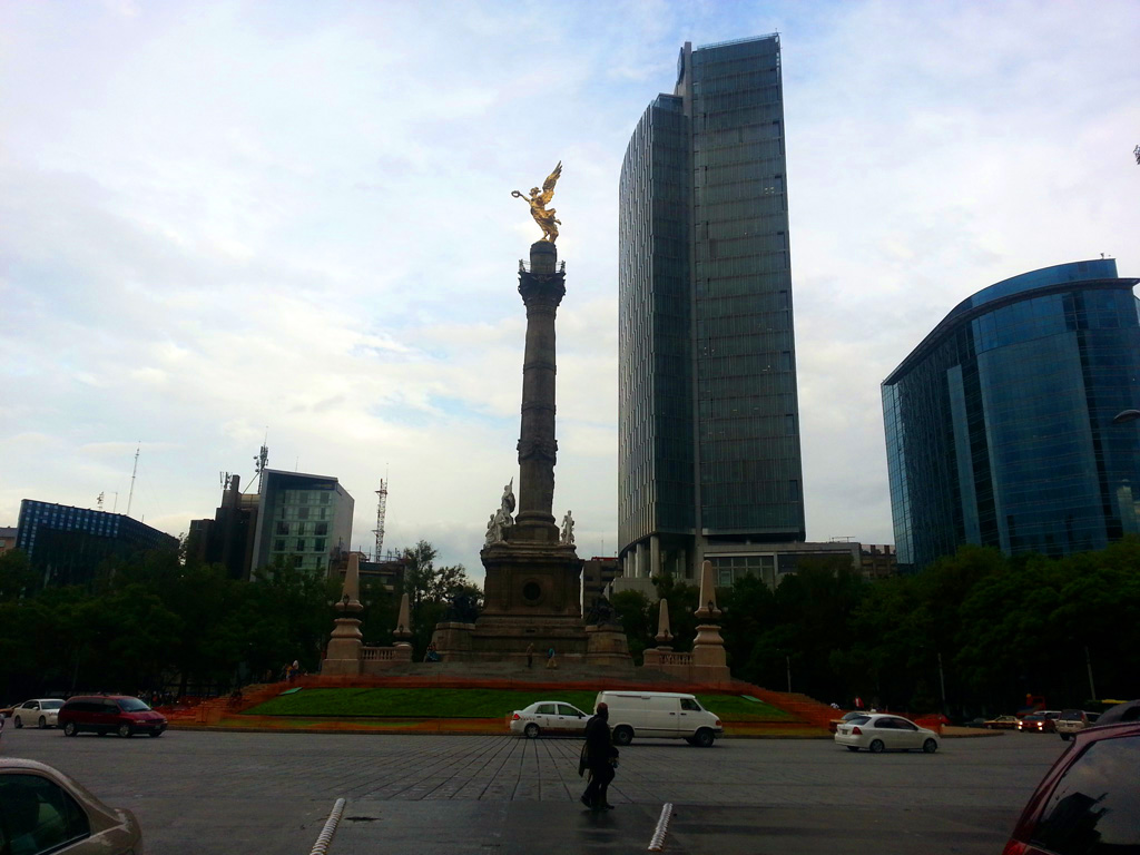The Angel of Independence, perhaps the most iconic monument of Mexico
